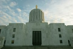state-capitol-salem-or261